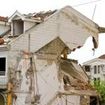 בית פרטי שנפגע מרעידת אדמה
