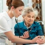 חולת סרטן בעלת ביטוח סיעודי